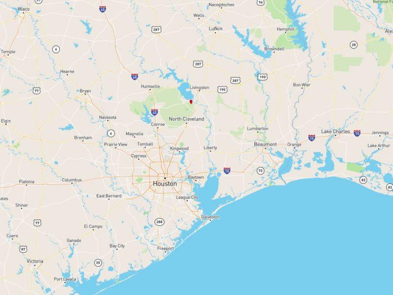 1.377 Acres in Coldspring TX j